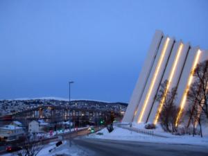 Tromsdalen Kirke facing Tromsøya