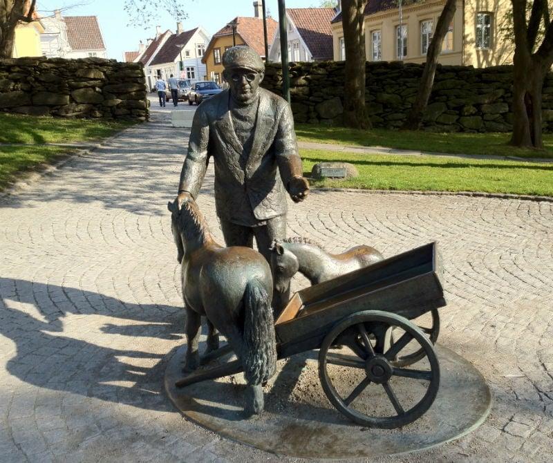 Street sculpture in Stavanger
