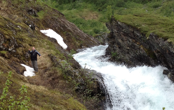 Having a summer snowball fight with my Dad near Myrdal