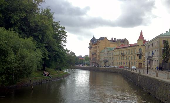River through Göteborg