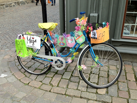 A bicycle in Haga