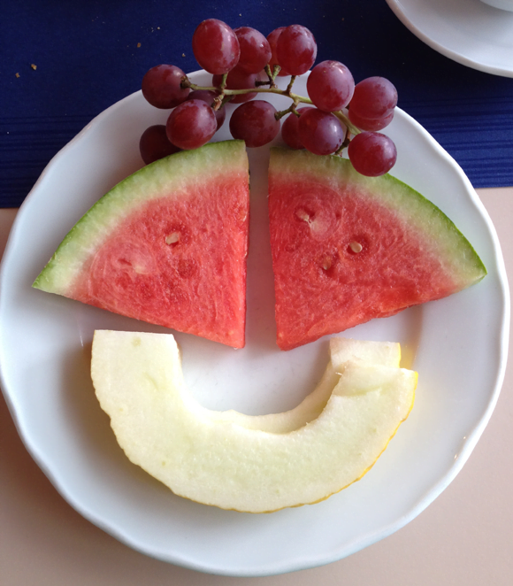 Smiling fruity breakfast