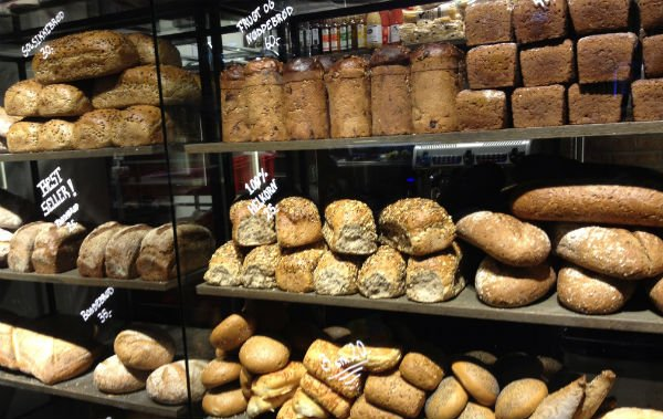 Fresh bread at Mathallen