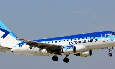 Estonian Air plane