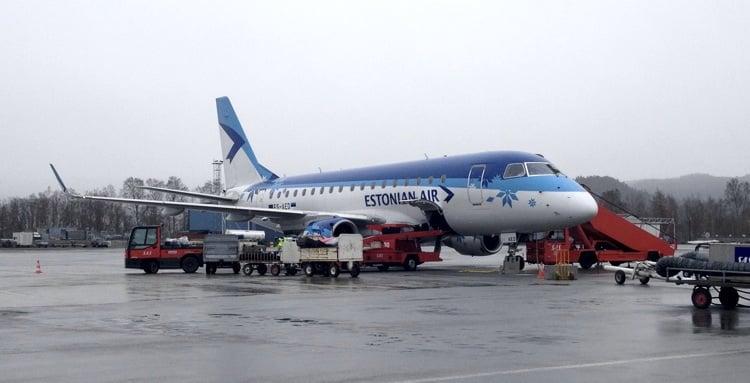 Estonian Air Embraer 170