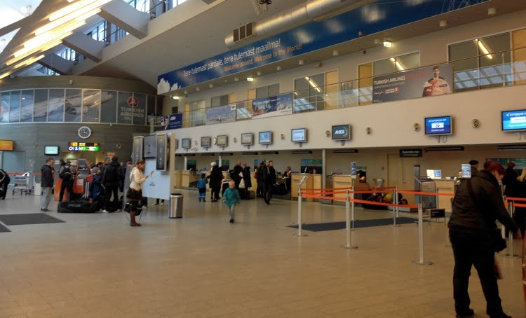 Tallinn Airport check-in