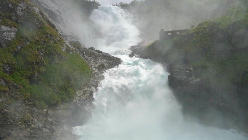 Flåmsbana waterfall