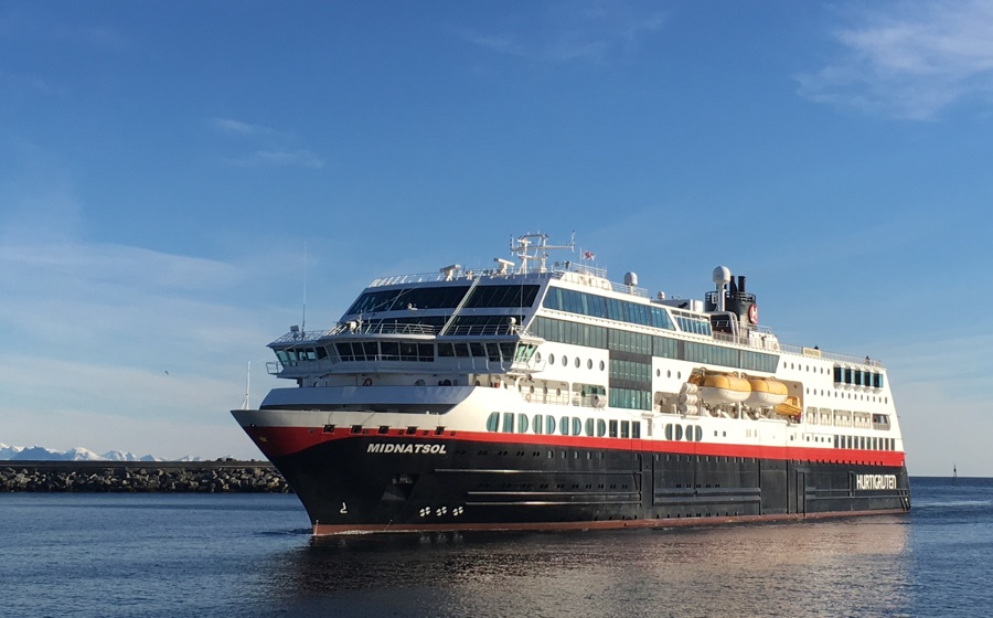 The Hurtigruten ship 'Midnattsol' in Svolvær