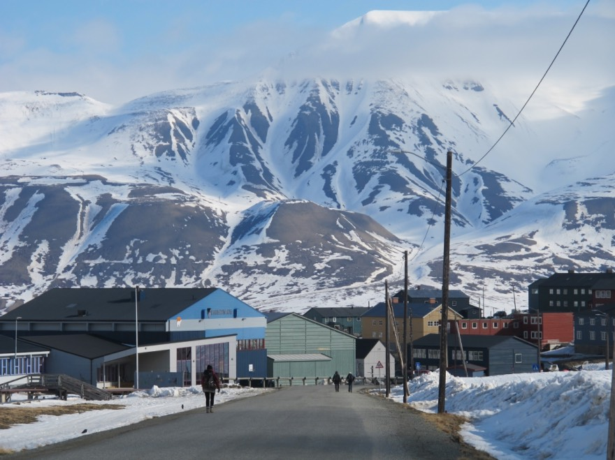 The spectacular backdrop of Longyearbyen, Svalbard