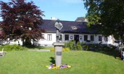 Statue in Innlandet, Norway