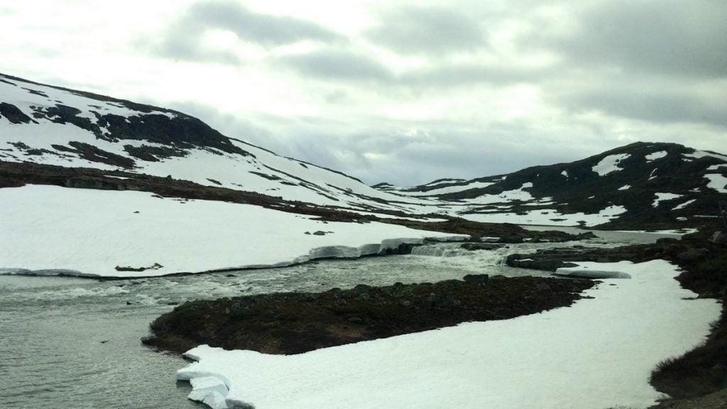 Snow on the Bergen Line