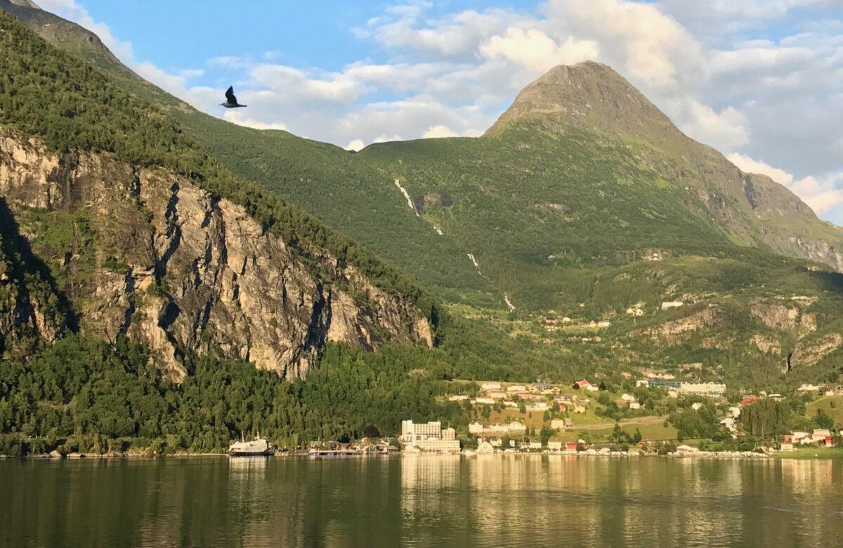 Sunset cabin Geirangerfjord