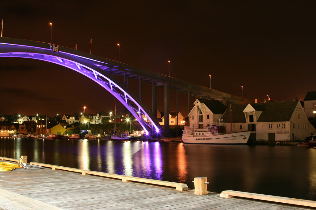 Haugesund bridge by night