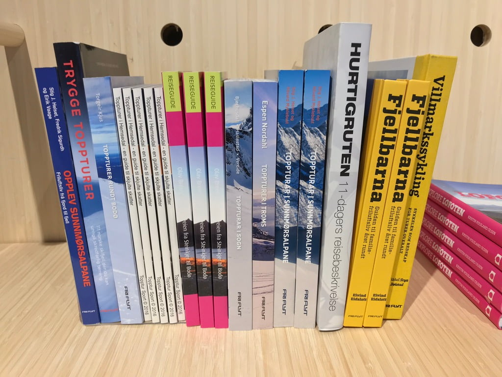 Travel books in Norway