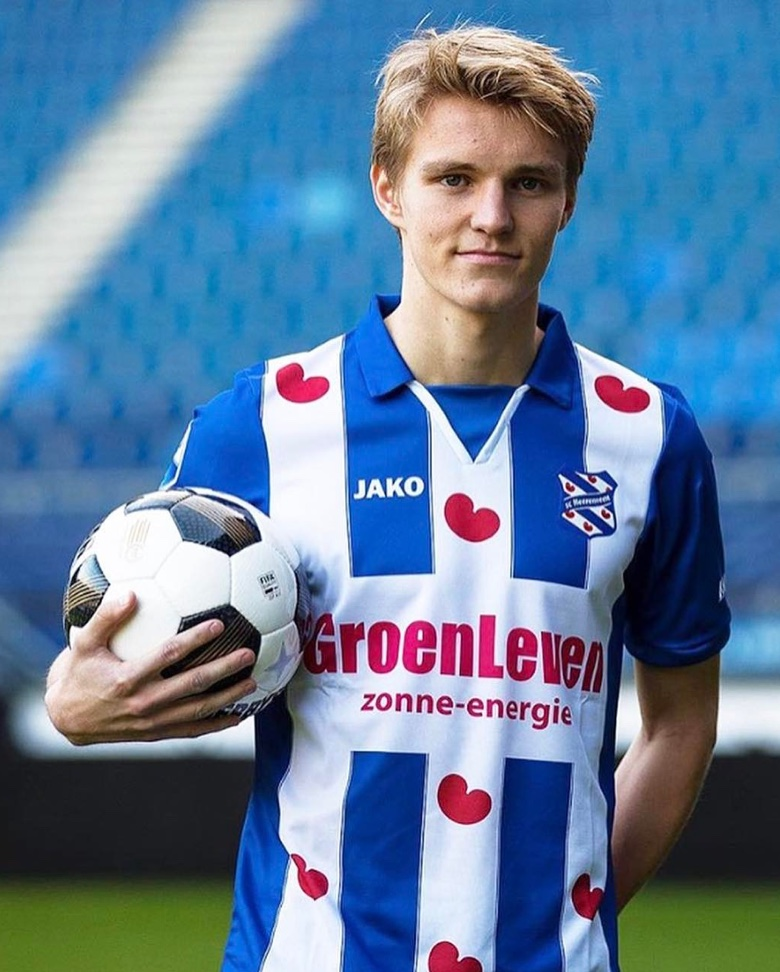 Martin Ødegaard playing for Heerenveen