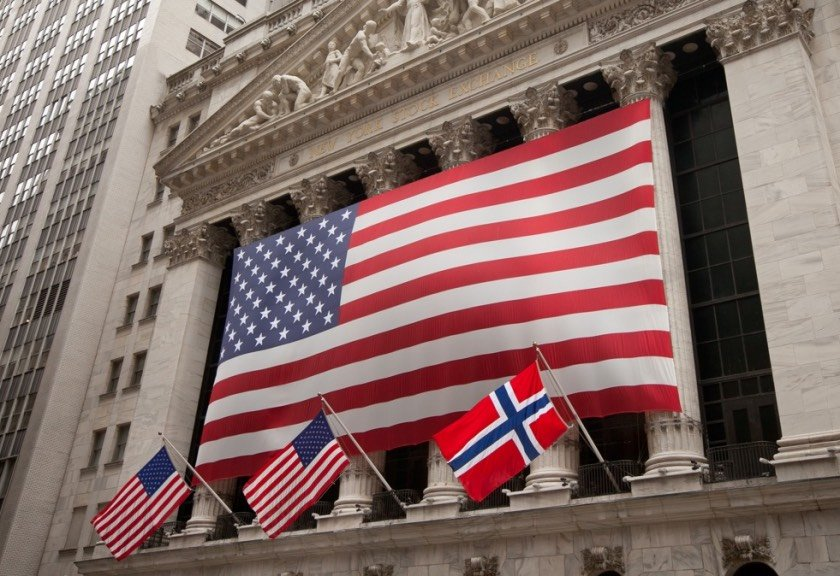 USA and Norway flags