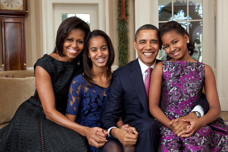 Official portrait of the Obama family
