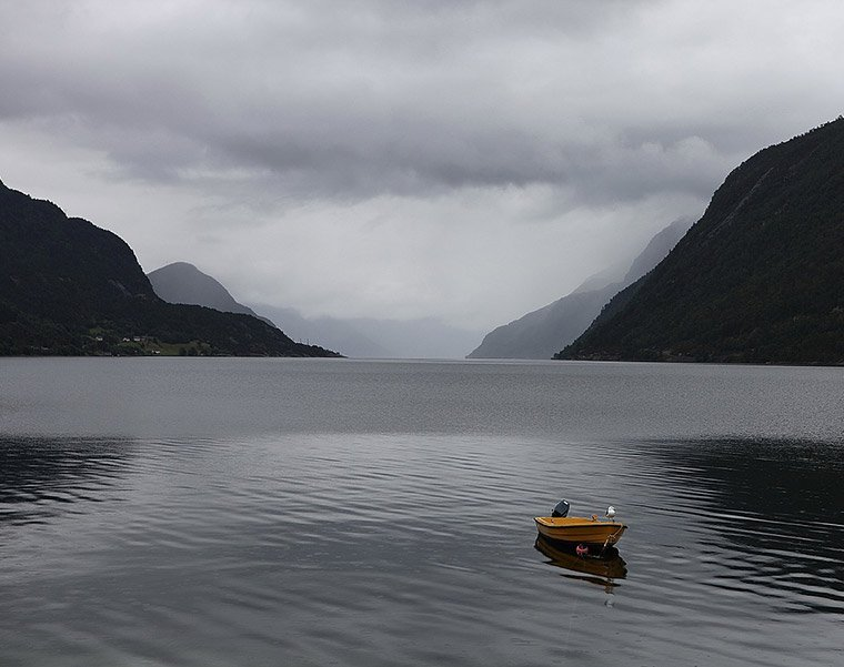 Cloudy day on the Nordfjord