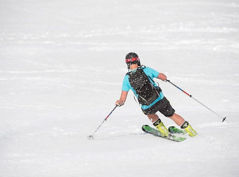 Summer skiing in Stryn