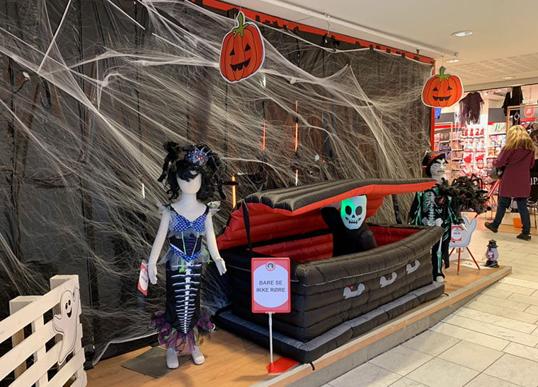 A halloween display in a Trondheim shopping mall