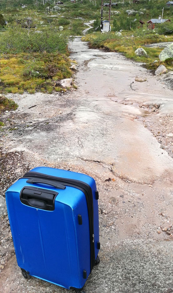 Suitcase not suitable for the hike