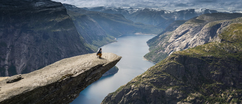 Hiking Trolltunga for beginners