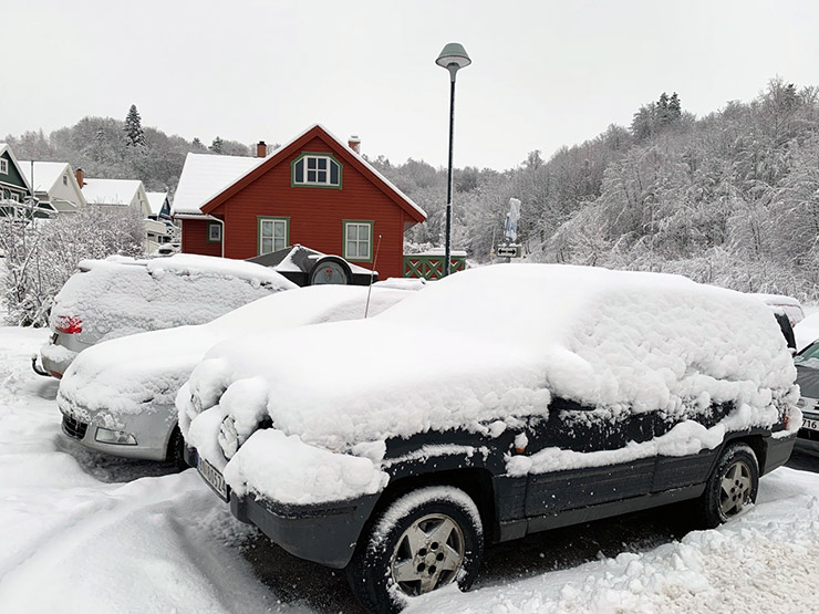 Winter driving can be difficult in Norway!