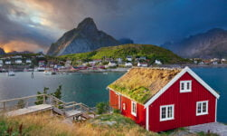 Norwegian cabin in Reine, Lofoten