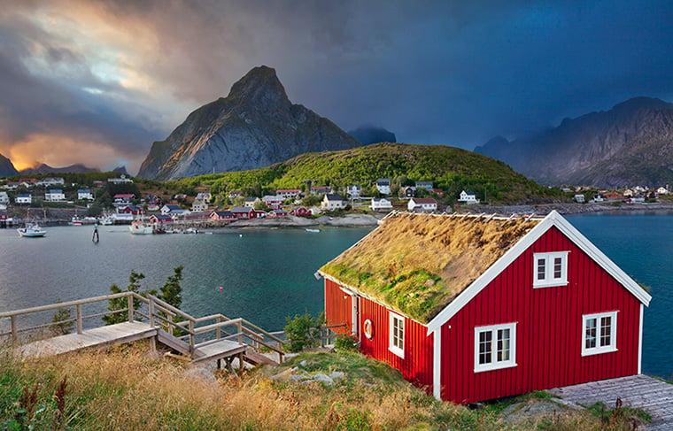 Norwegian cabin in Reine, Lofoten