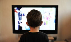 Child watching Norwegian TV