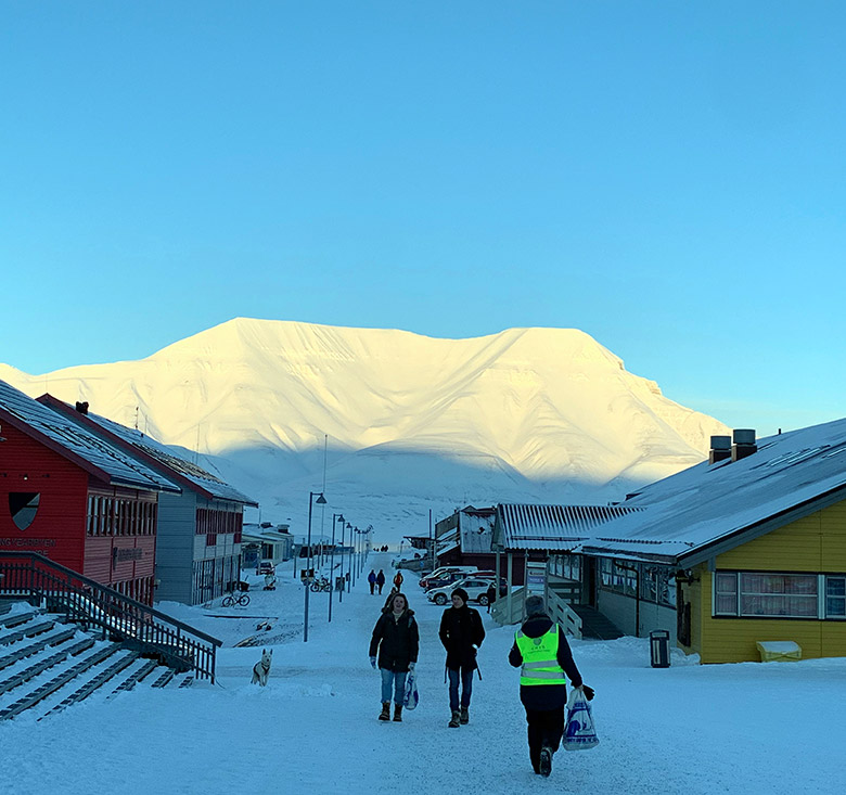 The main street of Longyearbyen