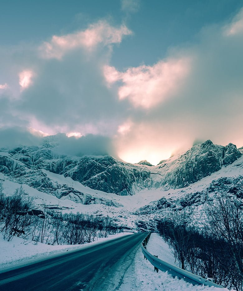 The road to Nusfjord on Lofoten