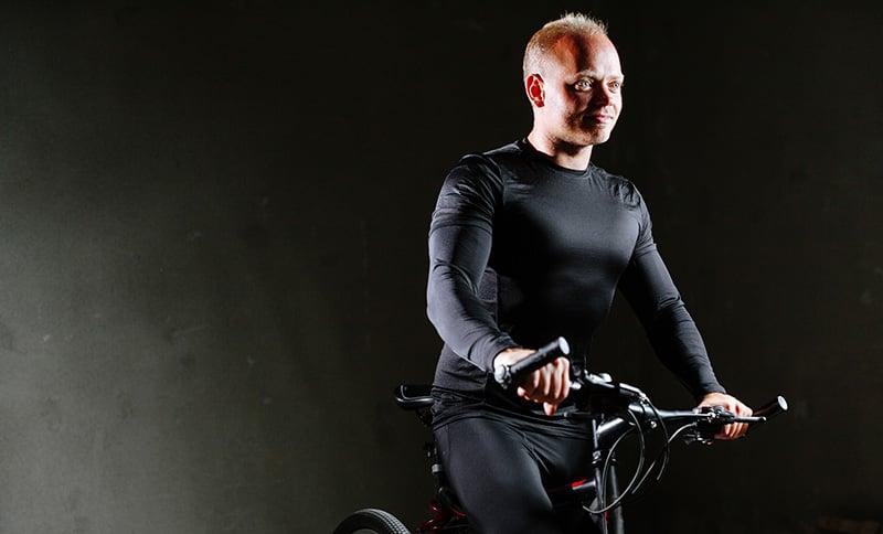 Cyclist in Bergen tunnel