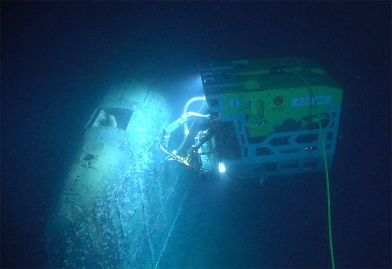 ROV inspecting the submarine