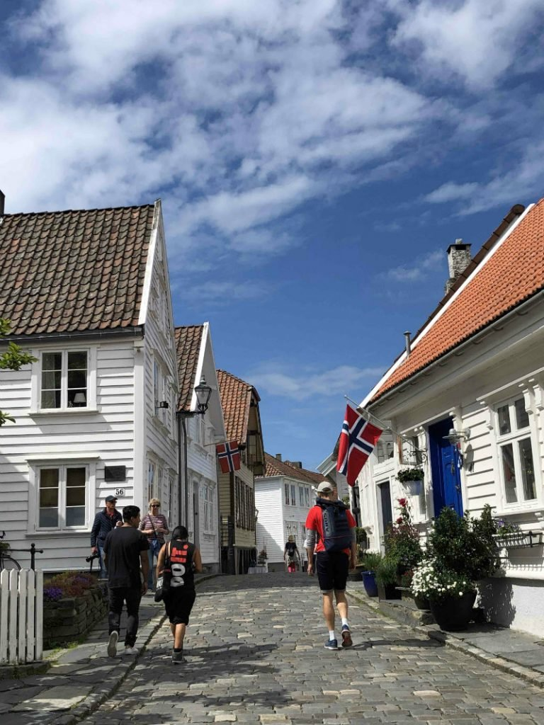 stavanger old town crowded street