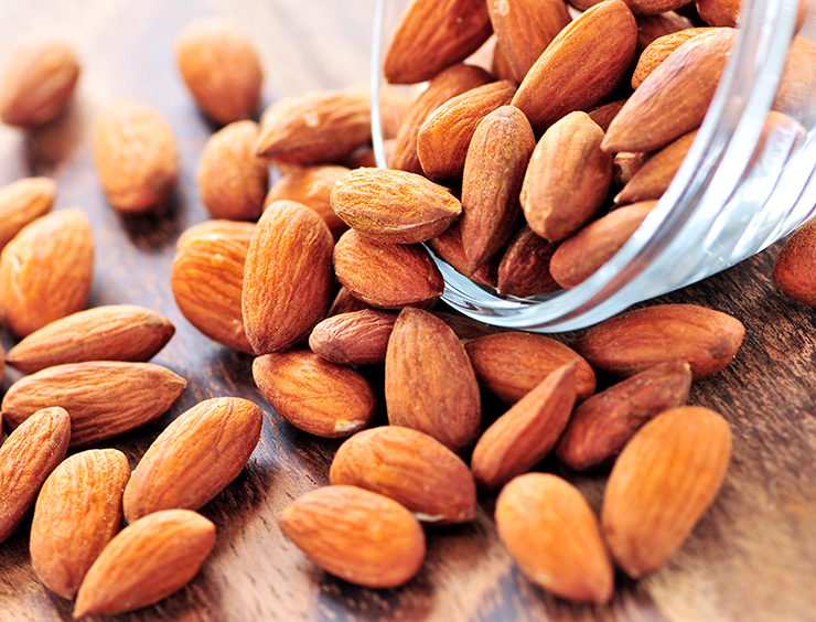 Almonds provide much of the flavour in Norwegian suksesskake