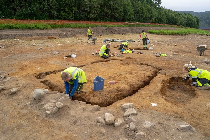Archaeologists at Vinjeøra
