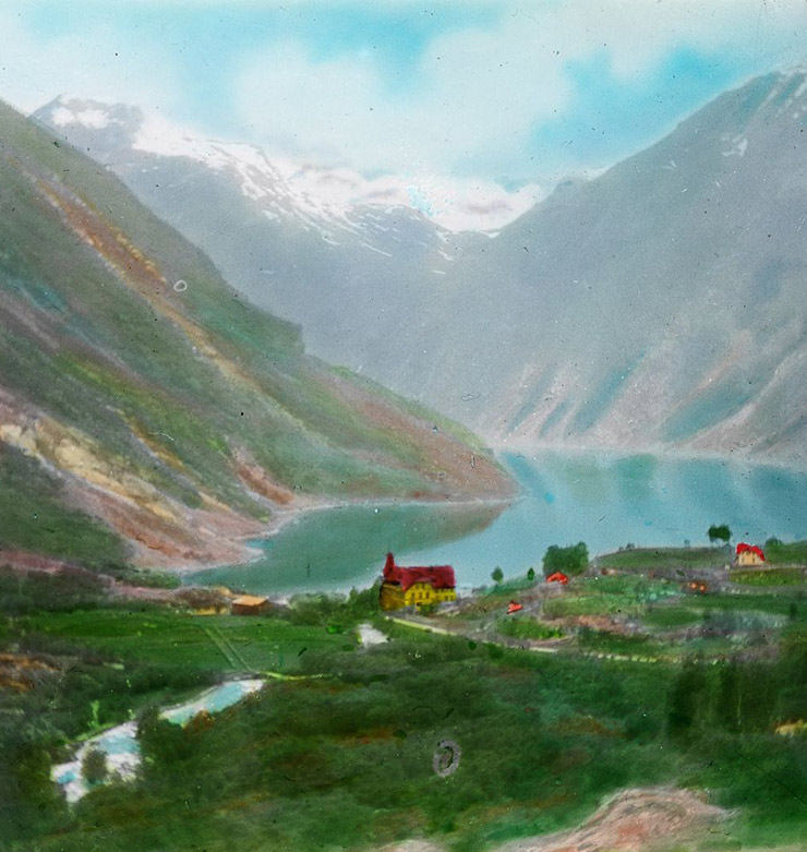 Geiranger tinted slide from around the year 1900