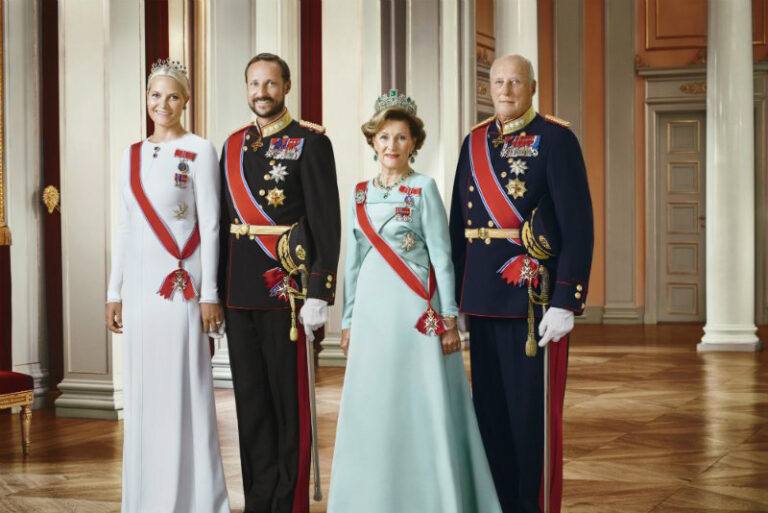 Official portrait of the Norwegian Royal Family