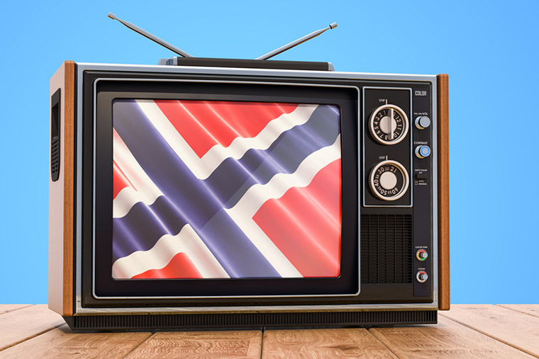 A retro television showing the Norwegian flag