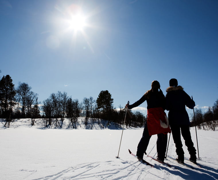 Easter skiing with snow and sunshine in Norway