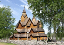 Heddal Stave Church: Photos of Norway's Remarkable Wooden Masterpiece