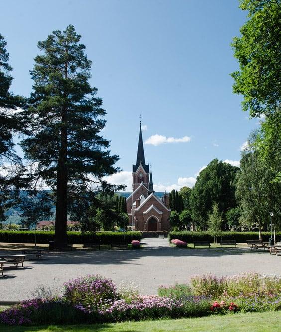 Lillehammer church and park
