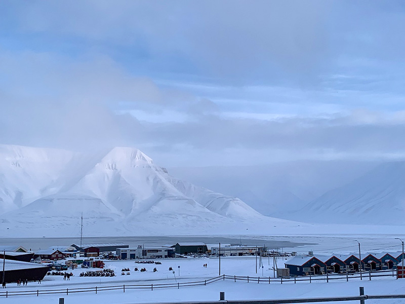 Longyearbyen university campus and the spectacular backdrop