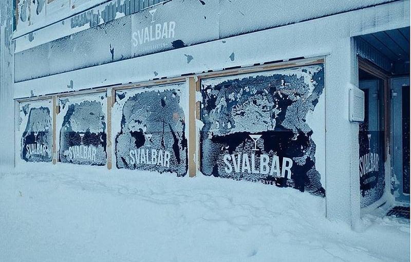 Longyearbyen's Svalbar on a frozen day