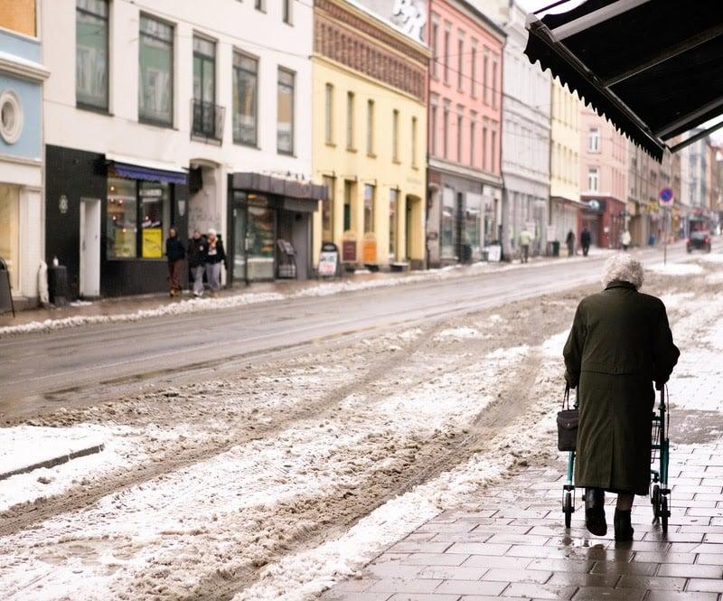 elderly lady in oslo
