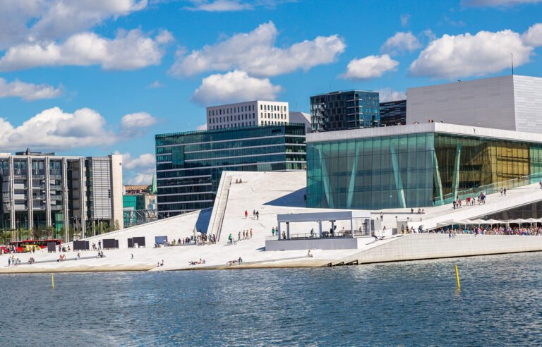 Architecture of Oslo Opera House