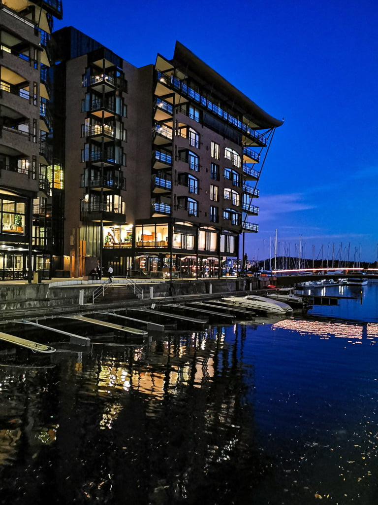Apartments at Aker Brygge in the evening