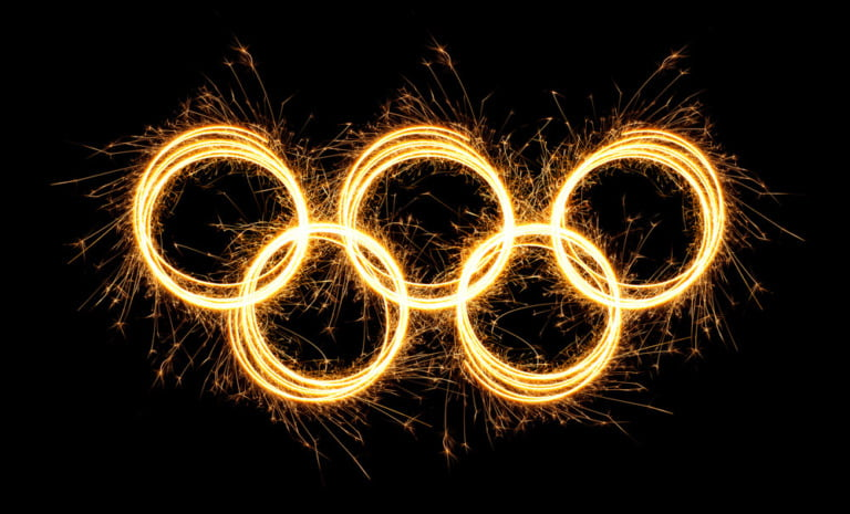 Sparkling winter olympic rings