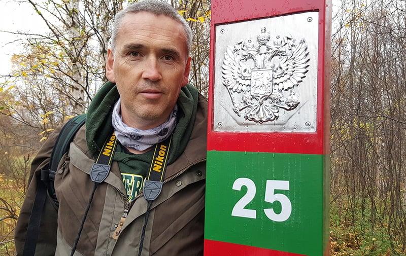 Thomas on the Russian border